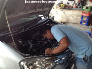 Jasa Service AC Mobil Cenderawasih Raya Jakarta Timur