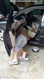 Jasa Service AC Mobil Jalan Keahlian Jatiwaringin Bekasi