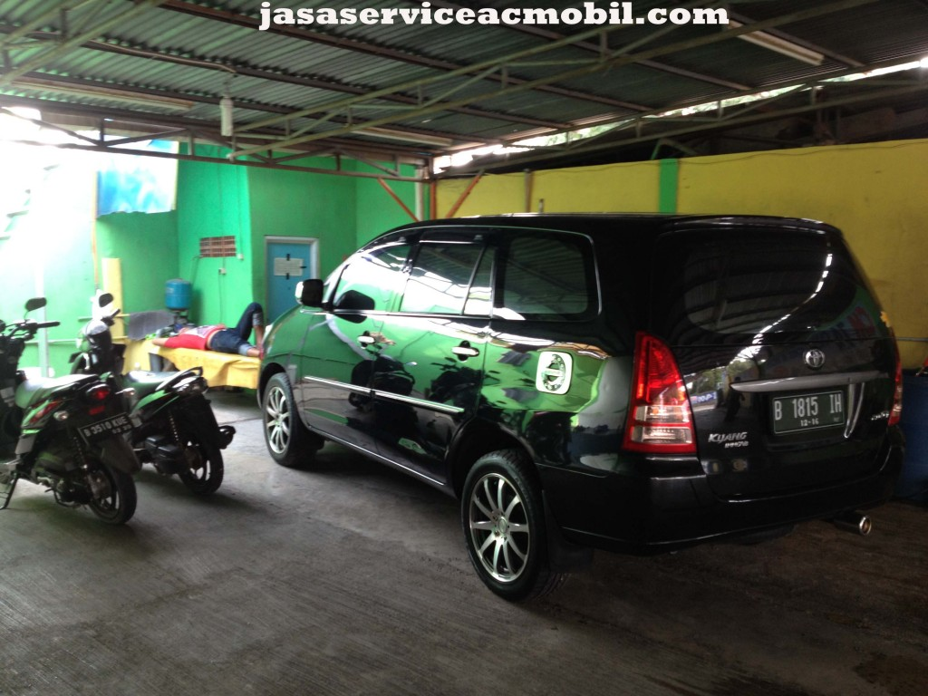 Jasa Service AC Mobil di Malaka Sari Jakarta Timur