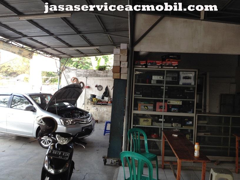 Jasa Service AC Mobil di Jalan Kejaksaan Pondok Bambu Jakarta Timur