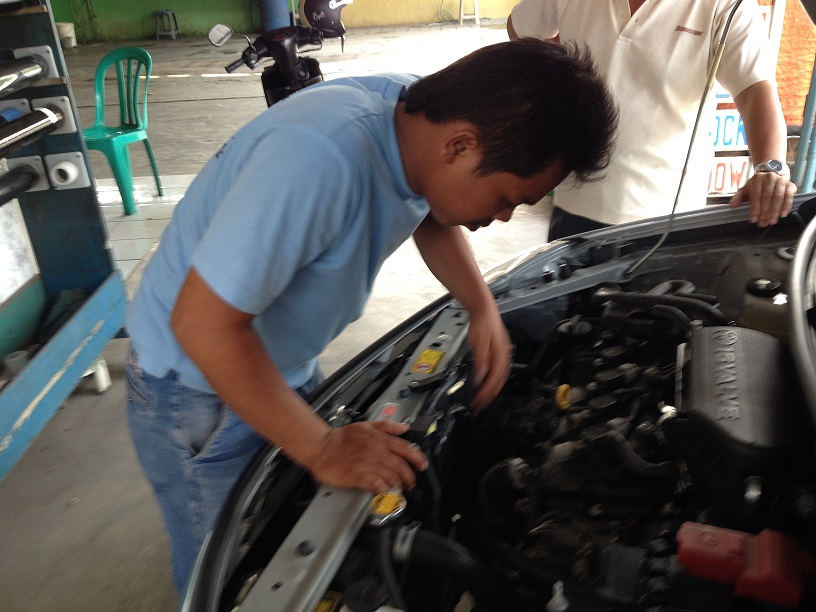 Jasa Service AC Mobil di Haji Dogol Pondok Bambu Jakarta Timur