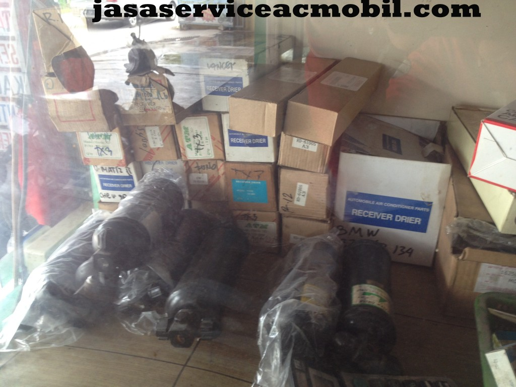 Jasa Service AC Mobil Jalan