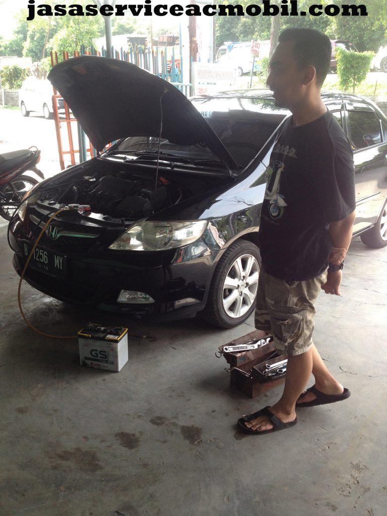 Jasa Service AC Mobil di Jalan I Gusti Ngurah Rai Duren Sawit Jakarta Timur