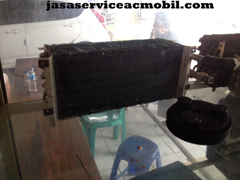Jasa Service AC Mobil di Jalan Graha Indah IX Bekasi