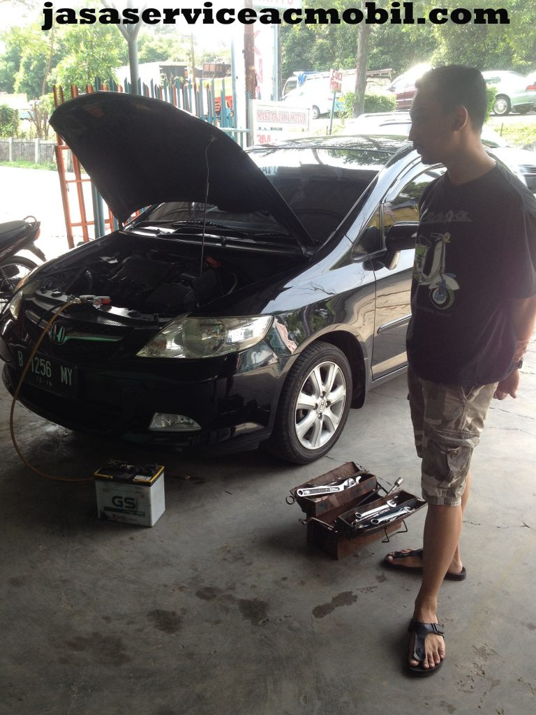 Jasa Service AC Mobil di Jalan Raya Jatimekar Bekasi