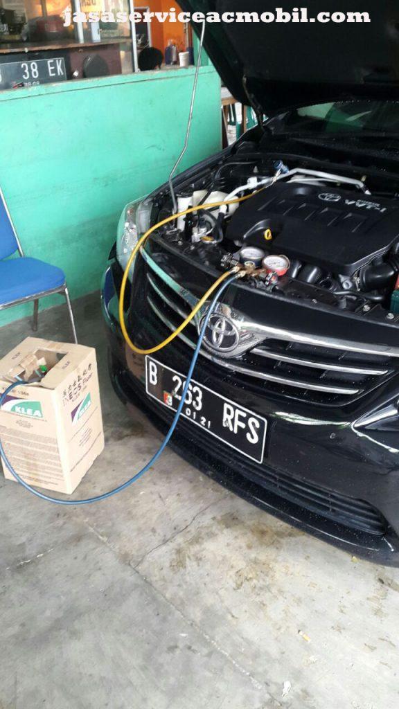 Jasa Service AC Mobil di Taman Duren Sawit Jakarta Timur